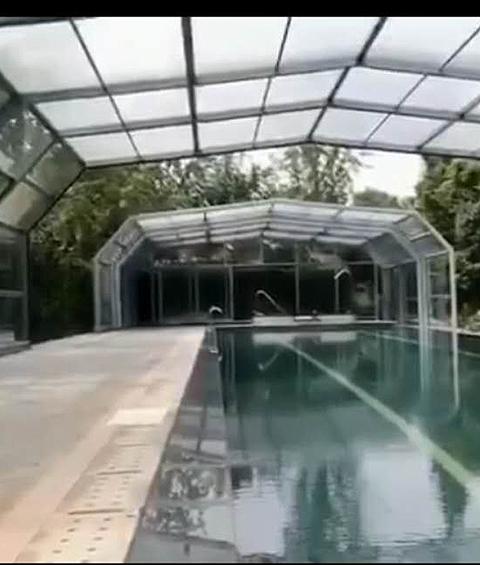 高档遮阳蓬电动玻璃蓬